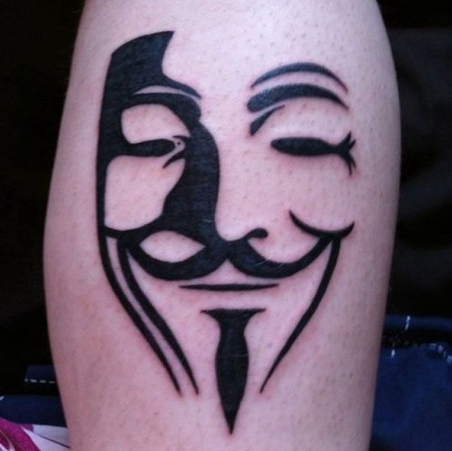 v> 40+ Awesome-looking tattoo for Nerds and Geeks.
