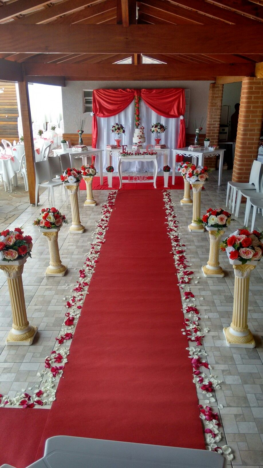 Casamento vermelho e branco | Art Mel Decoração em 2019 ...