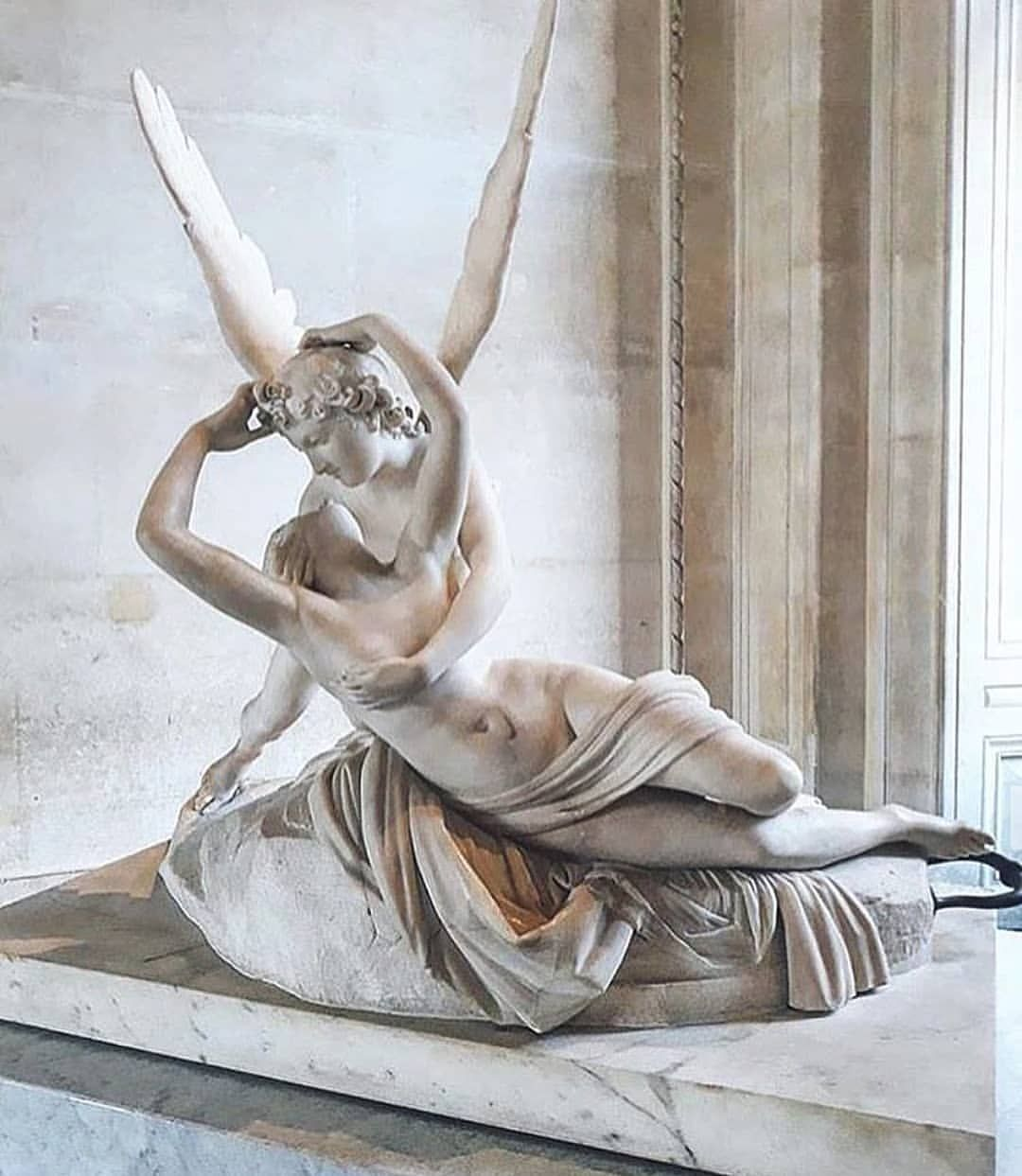 Psyche Revived By Cupid S Kiss 1787 Antonio Canova Antonio Canova Was An Italian Neoclassical Sculptor Famous For His Cupid And Psyche Art Aesthetic Art