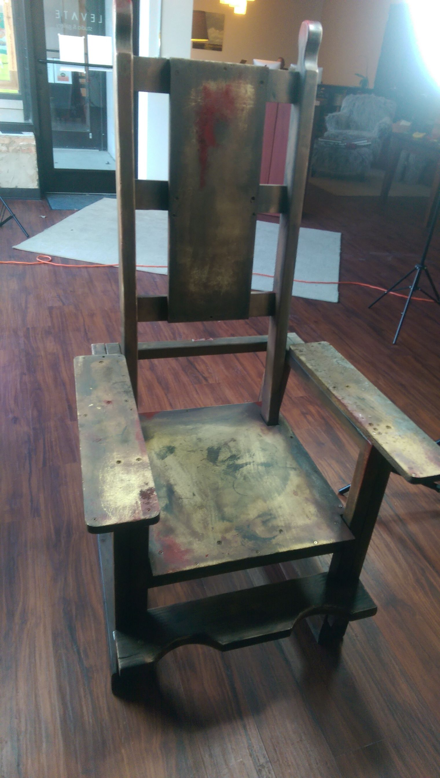 Hand Made Electric Chair Prop Used In A Fan Made Photo Shoot For A A H Poster Chair Make Photo Halloween Decorations