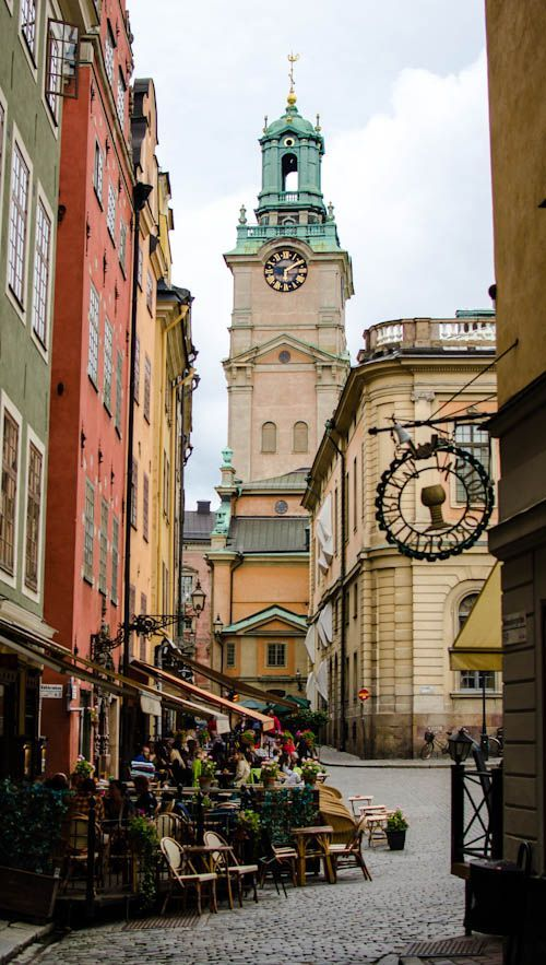 Stockholm, Gamla Stan (old town). Really beatiful, as is Stockholm in general. So stylish, so Scandinavian. //Very in love with Nordic countries at the moment