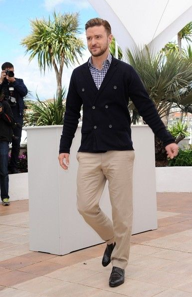 Justin Timberlake showed off his impeccable style yet again with navy  double-breasted blazer and a pair of classic tan chinos 734c46152