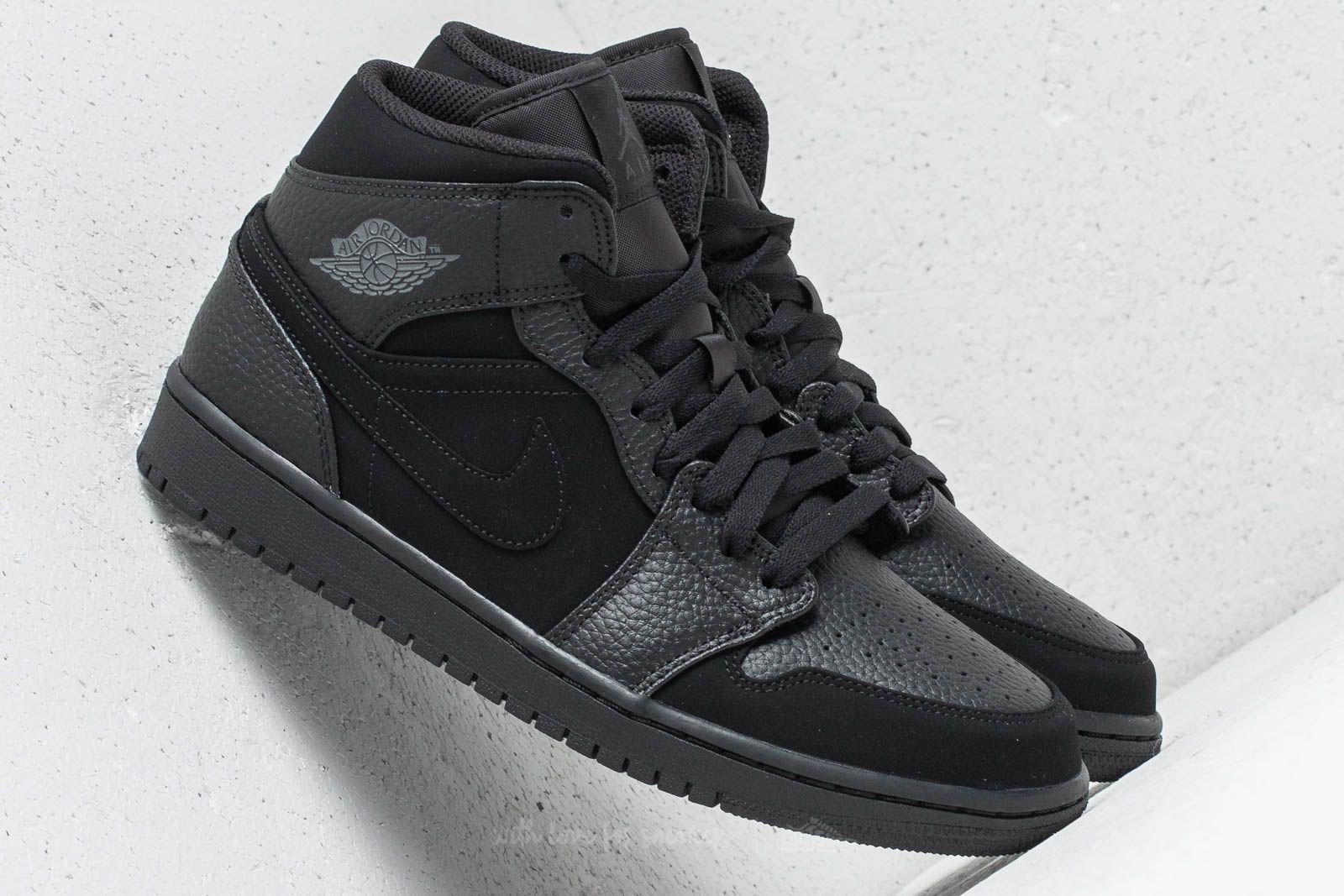 factory authentic 704ec 72078 Air Jordan 1 Mid Black  Dark Smoke Grey-Black la un preț excelent 523 Lei  cumpără la Footshop