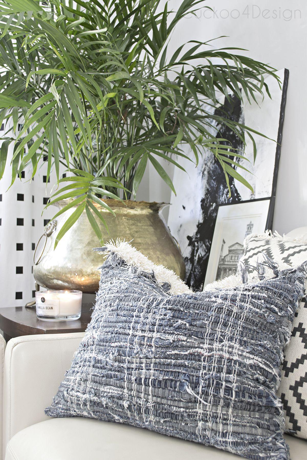 Natural Modern Fall Decor For Blogger Stylin Home Tours Diy Pillow Covers Diy Pillows Modern Fall Decor