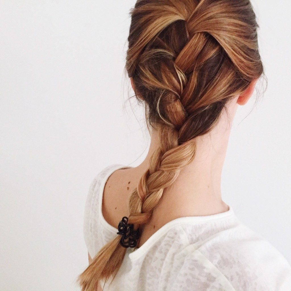 These Are The Most Popular Hairstyles For Fall On Pinterest Right Now Hair Styles Braiding Your Own Hair Braided Hairstyles