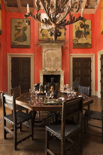 Wall Treatment - A persimmon-walled dining room