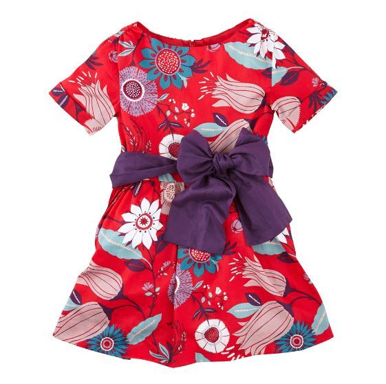 This is Tea's Elfengarten Girl's holiday dress. Elfengarten (elle-fen-gart-en) means an elf's or pixie's garden. In German mythology, these two are tiny supernatural creatures that live amongst the flowers outdoors.