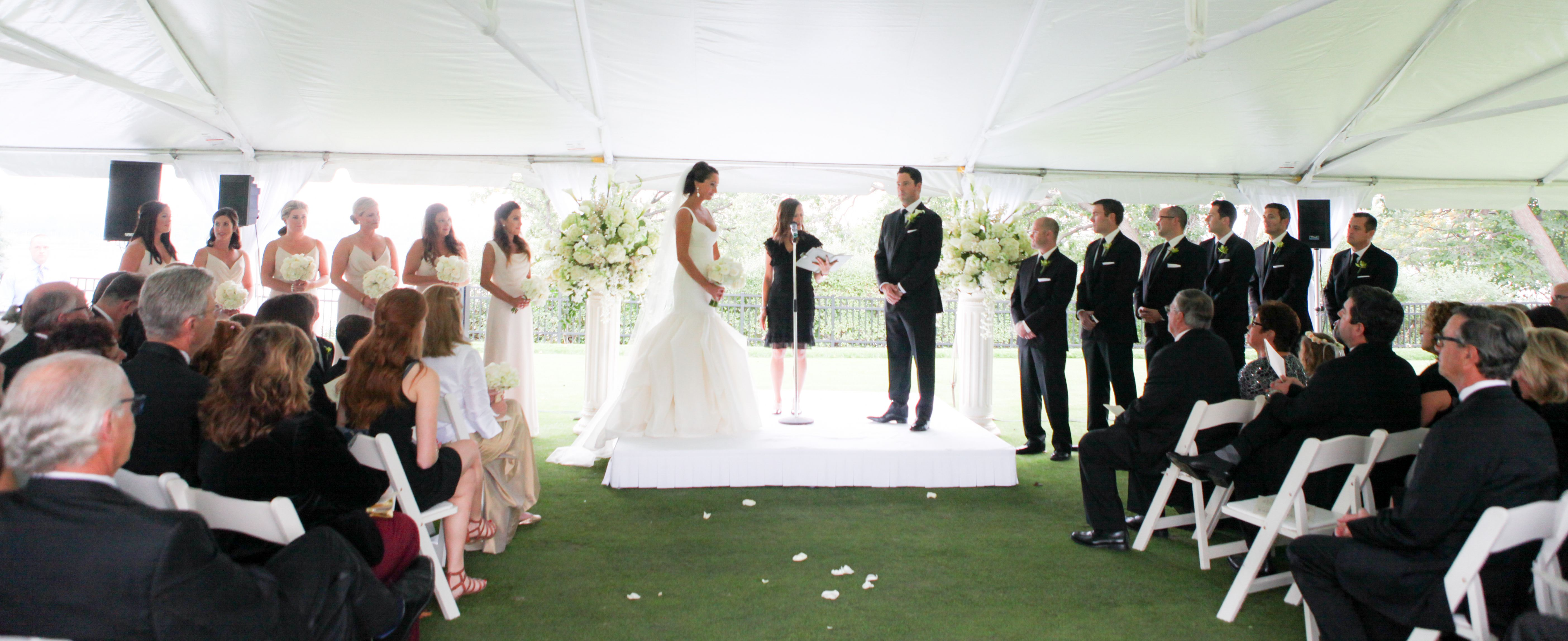 Kelly Brown Weddings // Mother Of The Bride // L'atelier Couture // Richfield Floral & Events // Minikahda Club