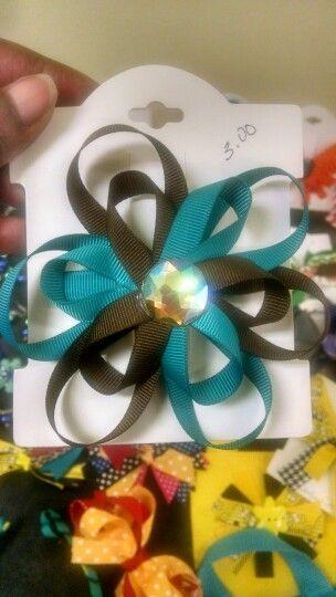 Flower bow 3.00