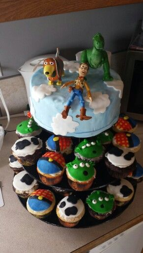 Cake Decoration At Coles : Coles 2 nd Birthday Toy Story Cake. Lindsay Turyk Lisa ...