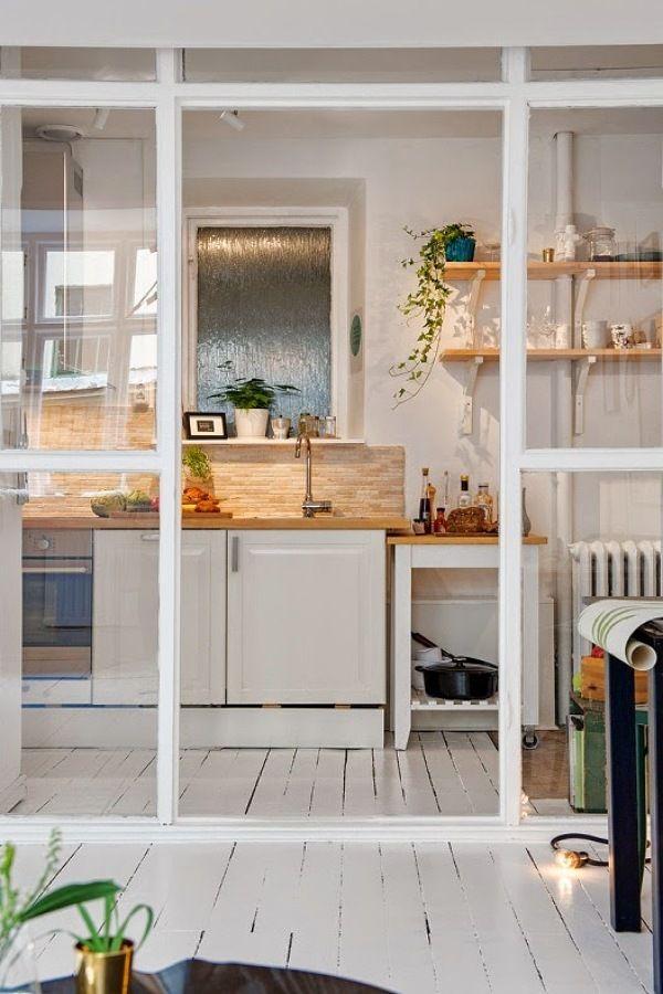 puerta corredera cmo hacer que tu cocina parezca ms grande sin tener que hacer reformas