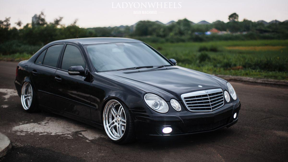 W211 Mercedes Benz W211 Work Gnosis Gs2 Stance Benz Ladyonwheels