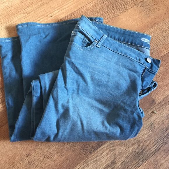 Old navy flare jeans Light wash high rise wide leg jeans size 16 ...