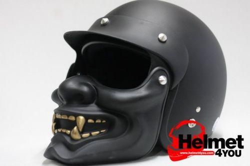 Street Coyote, hobbymotor: Hannya mask motorcycle helmet