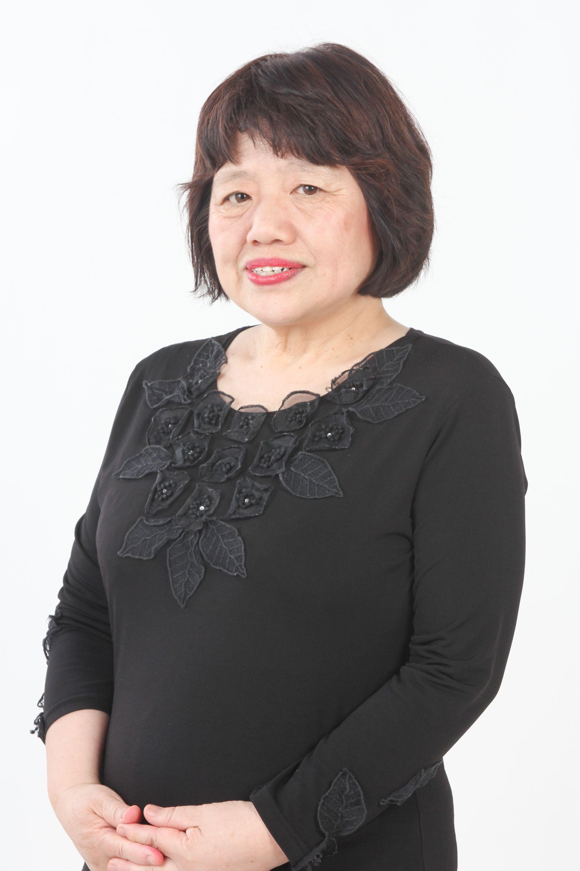ゲスト 景山咲子 Sakiko Kageyama 1953年 神戸生まれ 東京外国語大学でペルシア語を学ぶ 商社に勤務後 2002年より日本イラン文化交流協会 会長 岡田恵美子 ペルシア文学 の事務局長 同時期より 女性たちでつくる映画誌シネマジャーナルのスタッフ