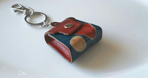 Miniature Key Chains From The 1980 S To Pin On Pinterest Noosa Style Chain Leather Handbag New Mini Demi