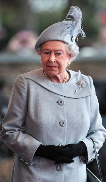 Queen welcomes Amir of Kuwait to Windsor Castle with pomp and ceremony