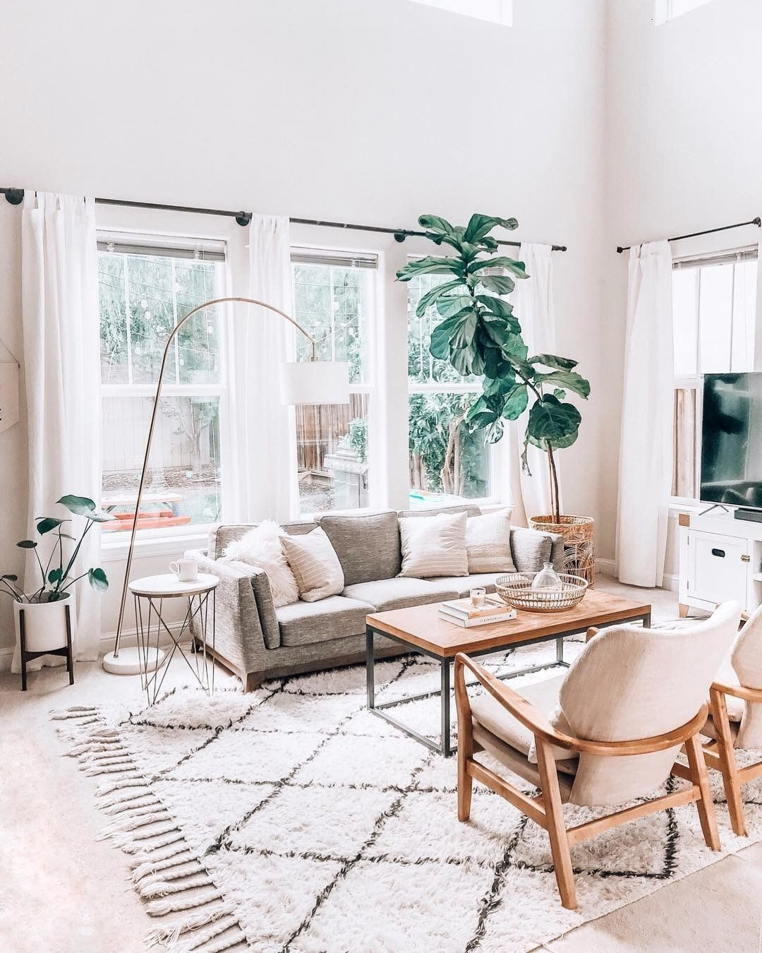 This Scandinavian Design Brightens Up The Space With Natural Wood And Light Colors Mixed With Minimalist Living Room Living Room Scandinavian Boho Living Room #scandi #boho #living #room
