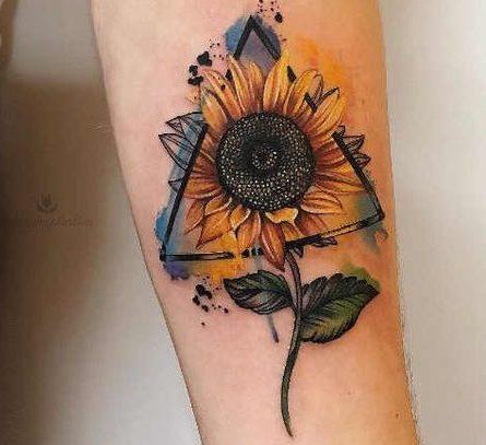 Tatuajes De Flores Por Partes Del Cuerpo Hombre Mujer Tatuajes De Flores Tatuajes Elegantes Tatuaje Con Abejas