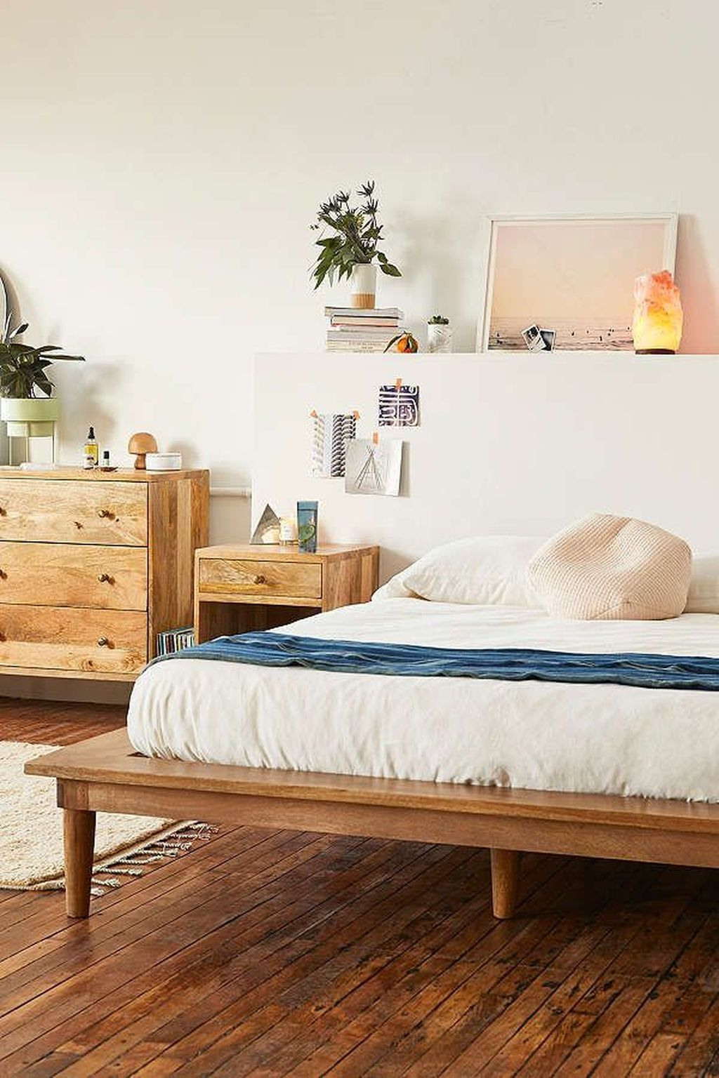 Awesome 48 Minimalist Platform Bed Design Ideas. More At  Https://trendecorist.