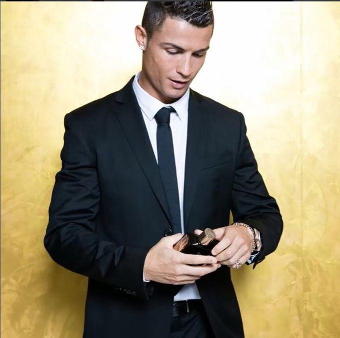 La imagen ¡Te sorprenderá! Mira el nuevo corte de Cristiano Ronaldo - corte de cristiano ronaldo