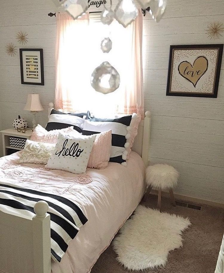 Black and white with hearts cute Girl room, Room inspiration