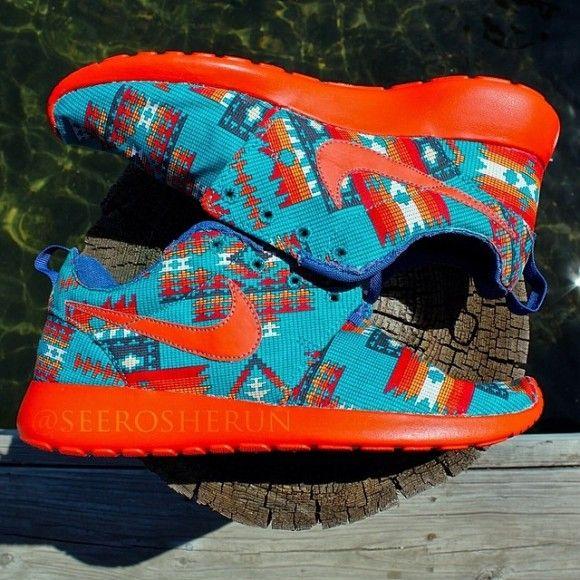Nike Roshe Run The Urban Native Customs By See Roshe Run Nike Schuhe Nike Schuhe Gunstig Schuhe