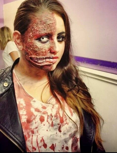 My Halloween makeup by me burn effect, two face #makeup #specialfx ...