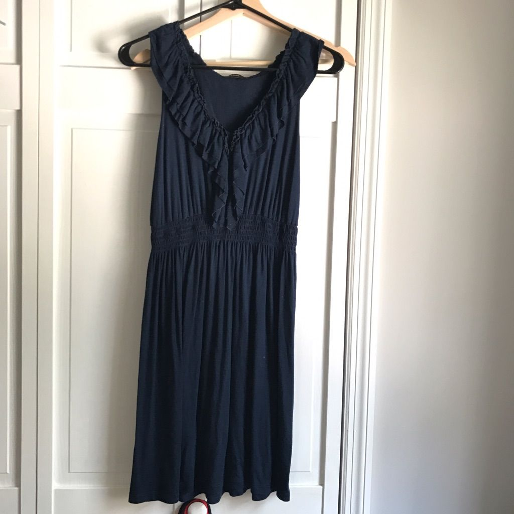 Navy v neck dress with ruffles size s products