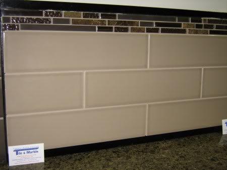 glazed subway tile backsplash with glass accents google search - Kche Backsplash Ubahn Fliesenmuster