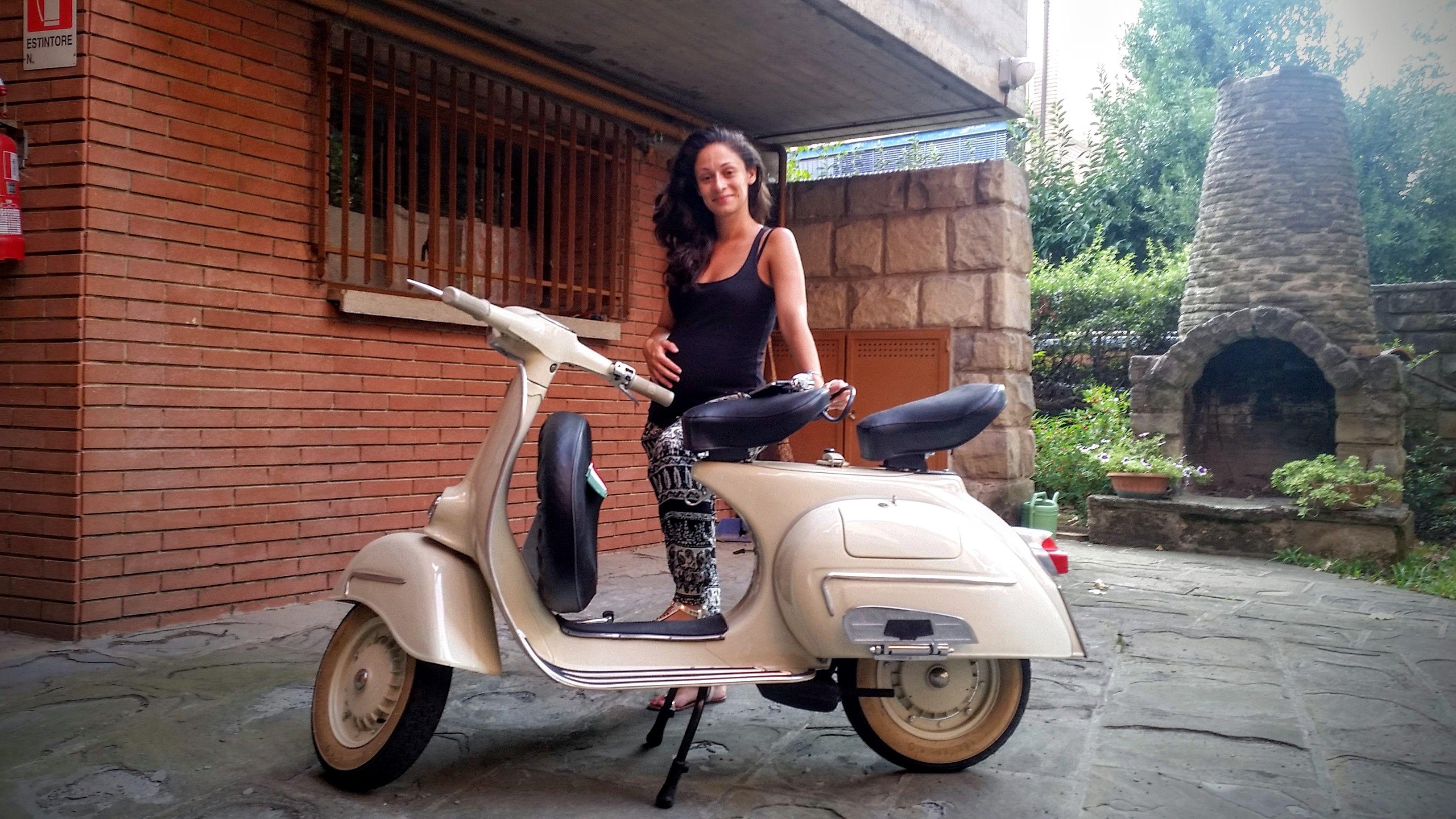 Vespa GL 150 anno 1963 | Vespa's | Vespa, Vespa scooters ...