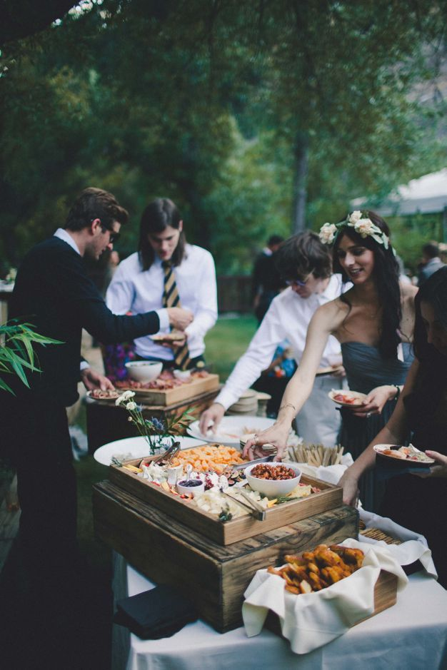 Los Angeles Green Wedding Coordinator Eco Caters Los Angeles Wedding Catering Caterers Tapanga Canyon T Wedding Food Wedding Catering Beautiful Outdoor Wedding
