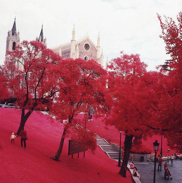 Arte en los parques madrileños. www.hotelmeninas.com