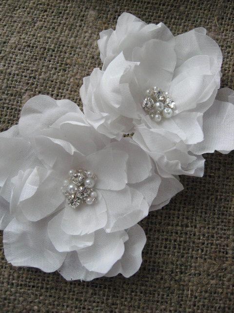 Bridal flower wedding hair accessory magnolia white hairpiece set 2 bridal flower wedding hair accessory magnolia white hairpiece set 2 double hairclips mini small bridesmaid rhinestone mightylinksfo