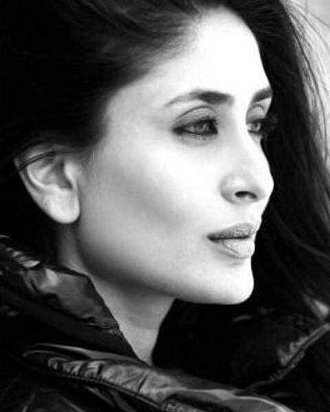Black and white,,,, ...#kareenakapoorkhan