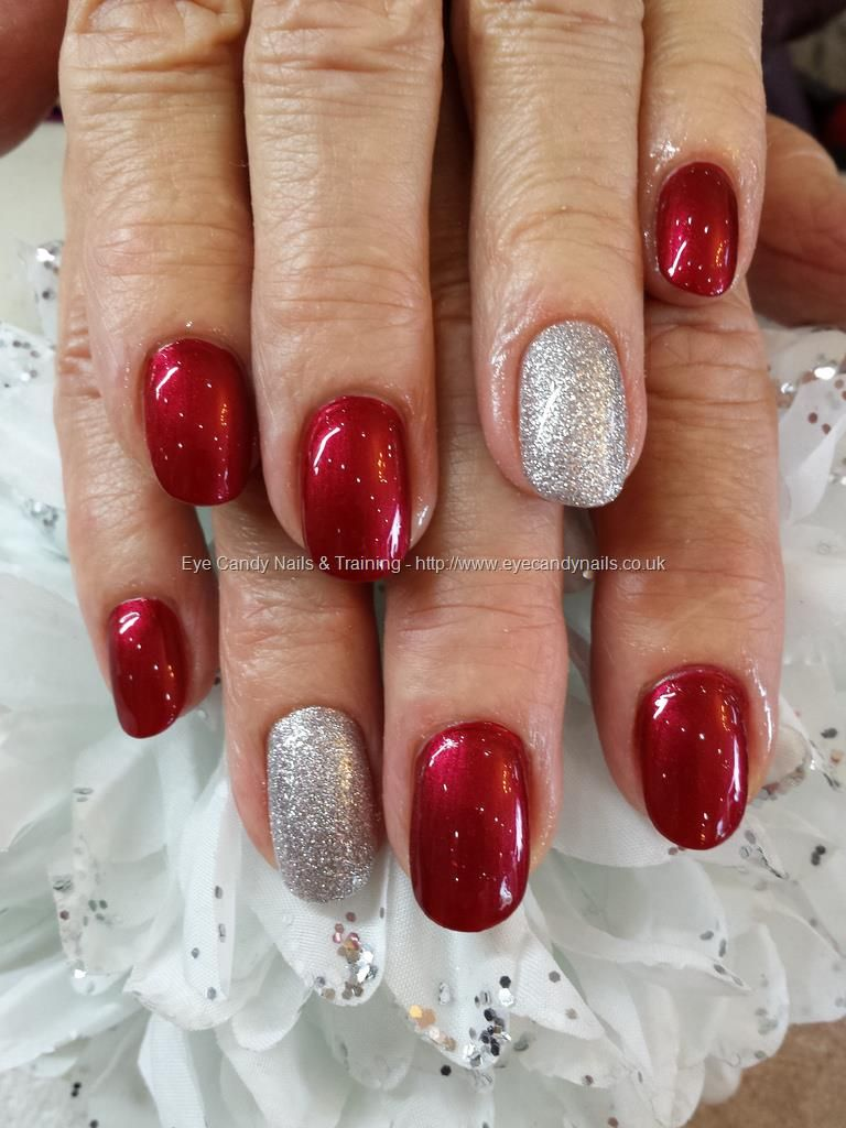 im not really a waitress opi polish with silver glitter ring