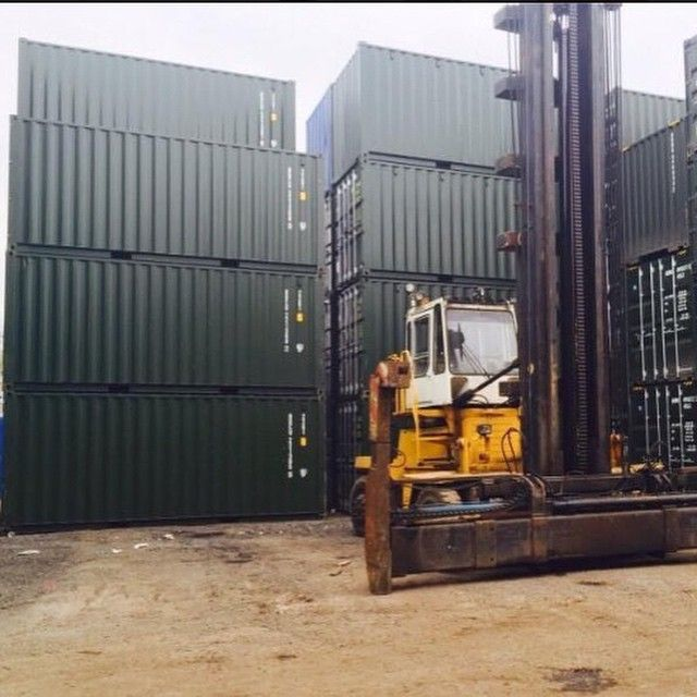 Stacks of new 40ft shipping containers   40ft shipping ...