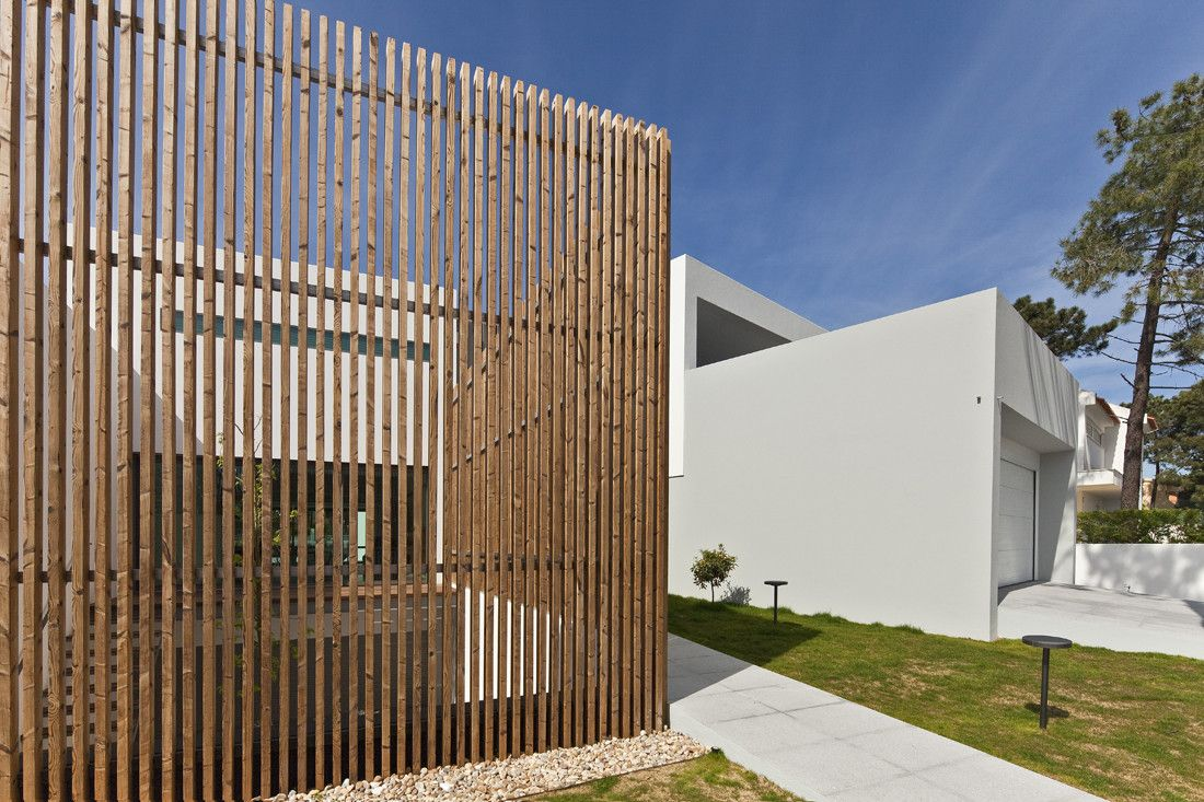 Gallery of House In Vale Bem