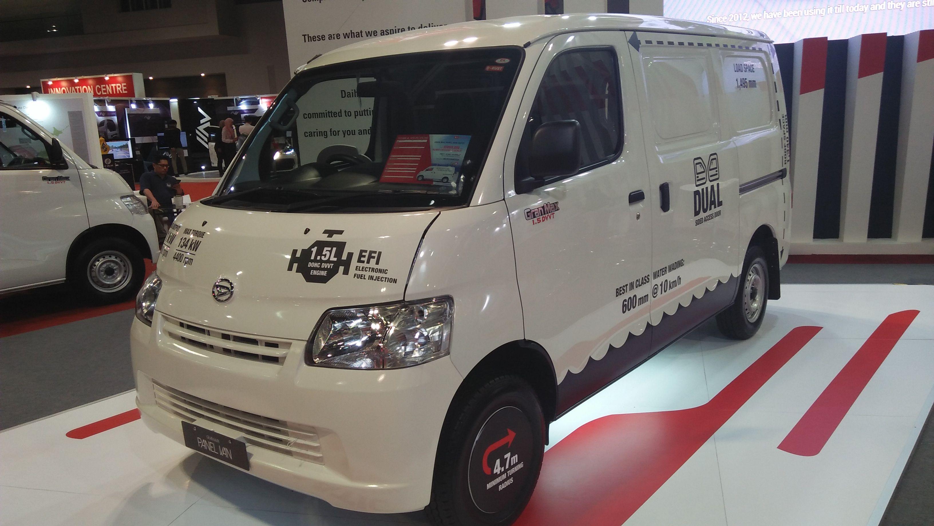 Auto Van Daihatsu Gran Max Panel Van Baru With Images Daihatsu