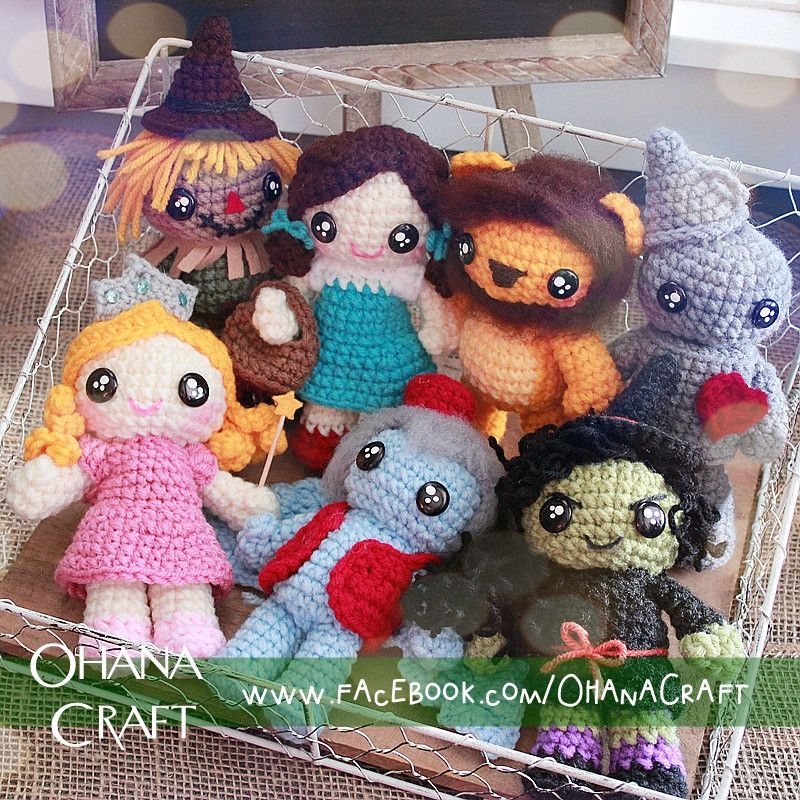 Crochet Wizards of OZ dolls