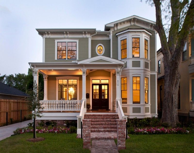 Small Victorian House Plans Brick Stairs Railings Garden White Trim Black Framed Windows Double Doo Victorian Homes Exterior Victorian Style Homes House Styles