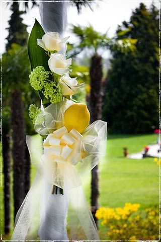 Italian wedding theme lemon flowers