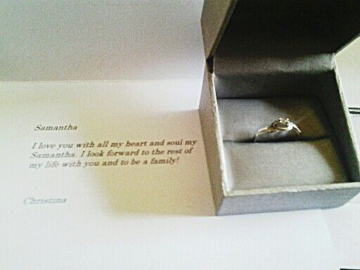 My beautiful girlfriend Christina sent me a promise ring. ♥♥♥♥ MY GOD I LOVE HER.