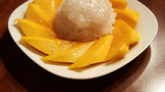 Thai Sweet Sticky Rice With Mango (Khao Neeo Mamuang ...