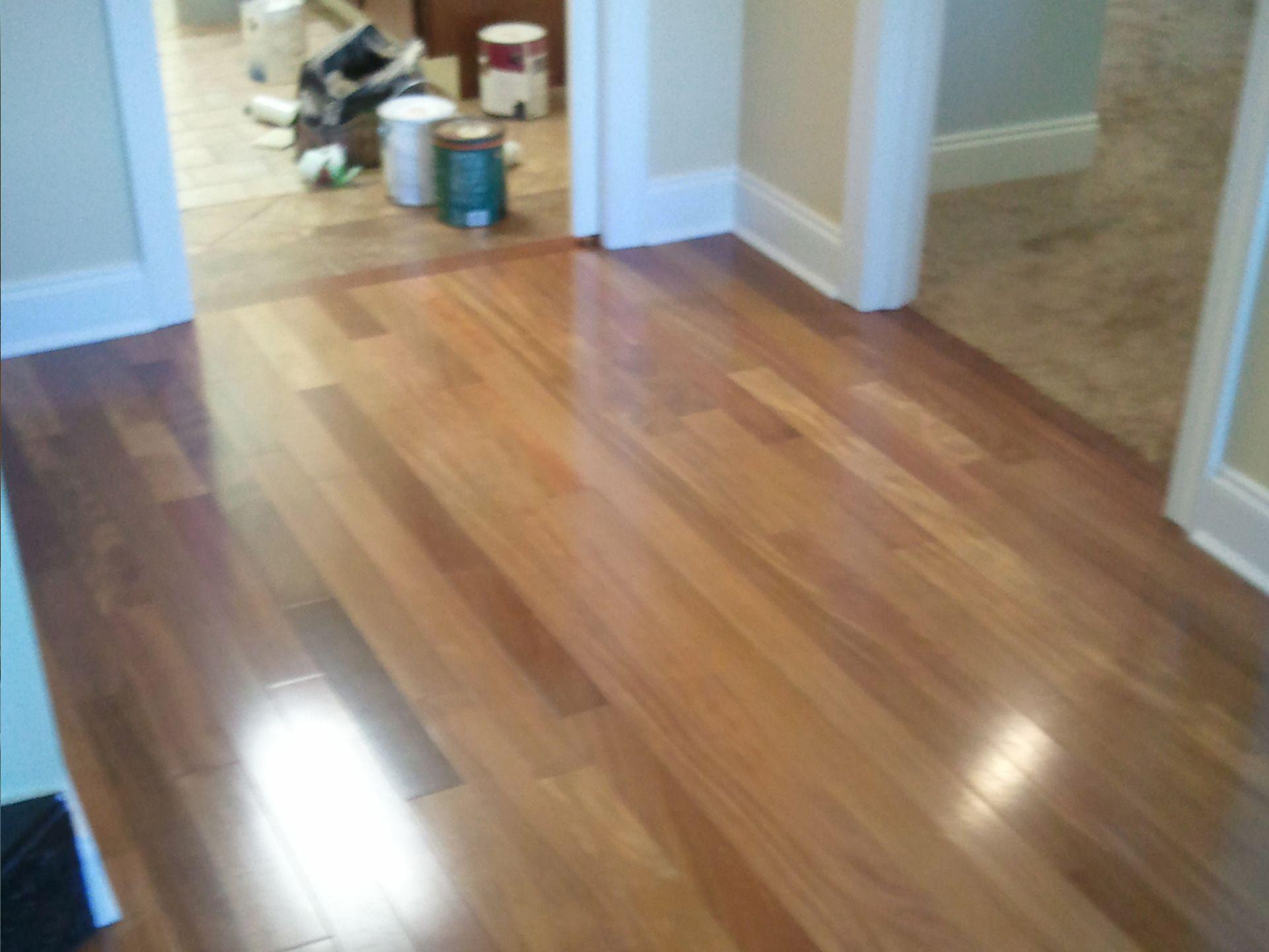 Watch at linoleum flooring that looks like wood Flooring