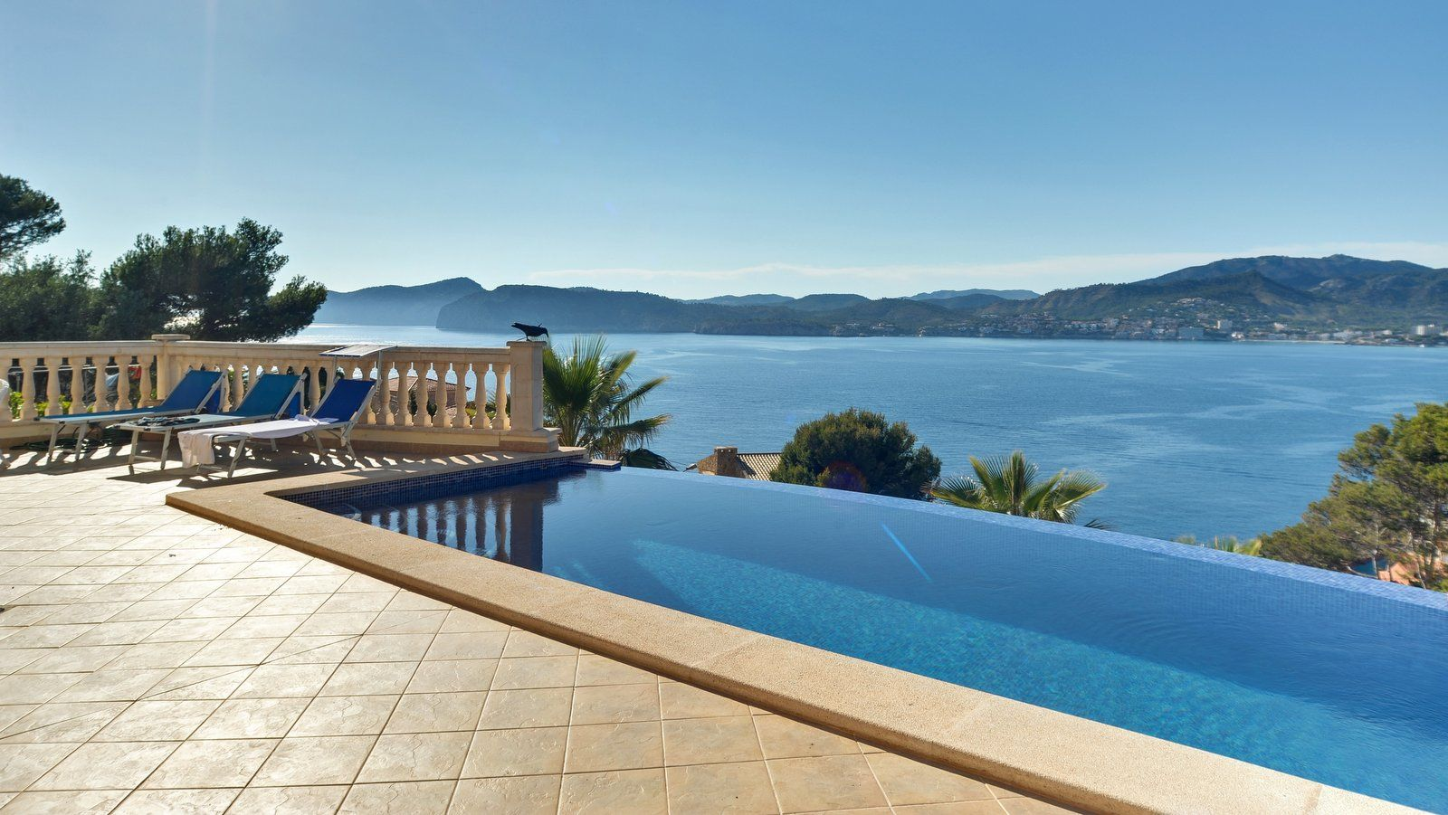Luxusvilla Mallorca im Südwesten  mit diesem gigantischem Meerblick. Erfüllen Sie Ihren Traum ! http://www.casanova-immobilienmallorca.de/de/villa-haus/2381399