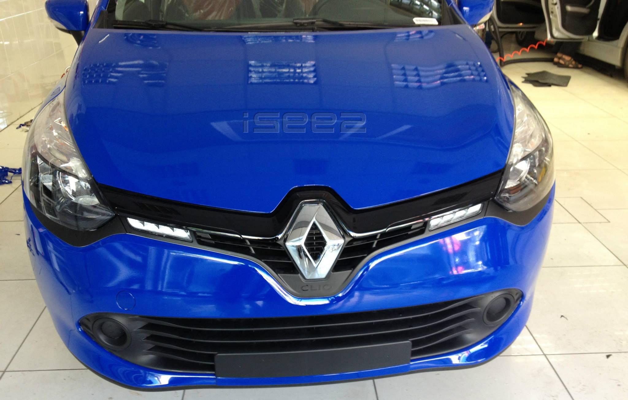 70.600 Midnight Blue www.isee2.eu