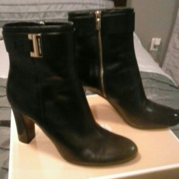 REDUCED!! Ankle boots by Michael Kors Giuliana ankle boot. Purchased in October worn twice 4 inch heel too high for me. Logo on gold buckle. Beautiful MICHAEL Michael Kors Shoes Ankle Boots & Booties