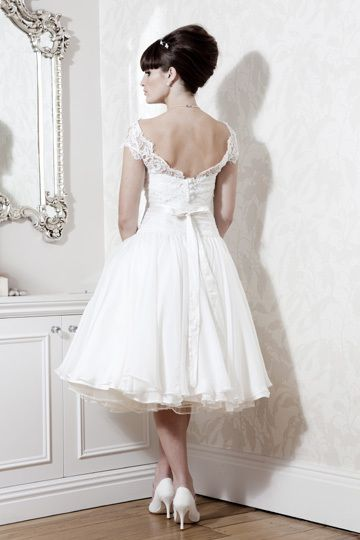 Hot Sale Custom Size Lovely Short Sleeve Flower Tea Length Lace Wedding Dresses Tea Length Wedding Dresses Lace Tea Length Wedding Dress Wedding Dresses