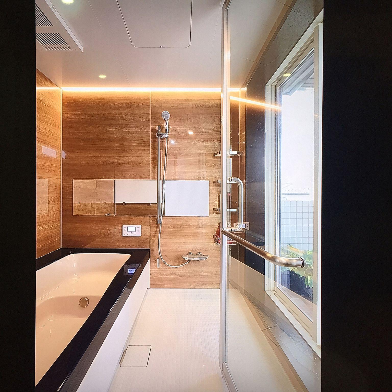 バス トイレ 黒 白 ホテルライク お風呂場 Lixil などのインテリア